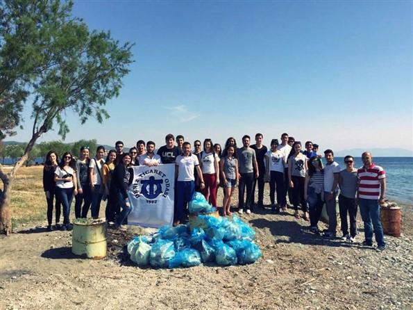 DEÜ Denizcilik Klubü Çevre Temizliği