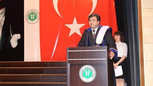 Denizcilik Fakültesi Dekanı Prof. Dr. Özcan Gündoğdu