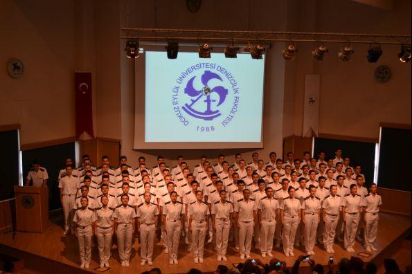 Dokuz Eylül Üniversitesi Denizcilik Fakültesi 2017 Dönemi Yemin Töreni (2)