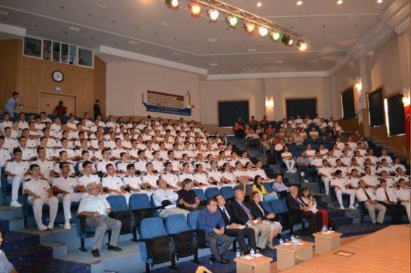 Dokuz eylül üniversitesi denizcilik fakültesi nde dünya