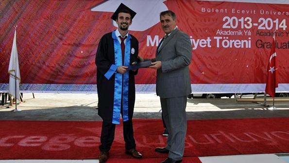 Okul ikincisi Zafer Dibekalan ve  Kdz.Ereğli Belediye Başkan Vekili Eyüp Karaarslan