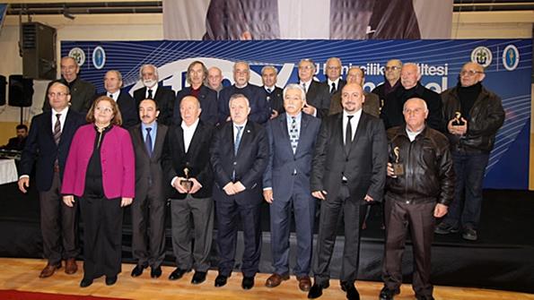 İTÜ Denizcilik Fakültesi 129. Geleneksel Balık Günü Plaket Töreni