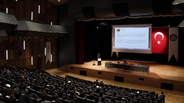 İnce Denizcilik Piri Üniversitesi'ndeydi