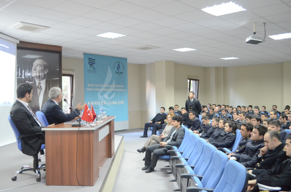 Arkas Denizcilik Turgut Kıran Denizcilik Yüksekokulu Kariyer Günlerindeydi.