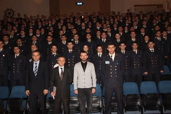 DEÜ Denizcilik Fakültesi 19. Kariyer Günleri Konuğu İzmir Demir Çelik Denizcilik Toplu Fotoğraf