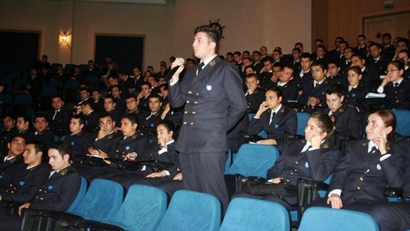 Genel Denizcilik DEÜ Kariyer Günlerindeydi 2013-2