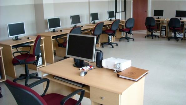 Piri Reis MTAL Bilgisayar Laboratuarı