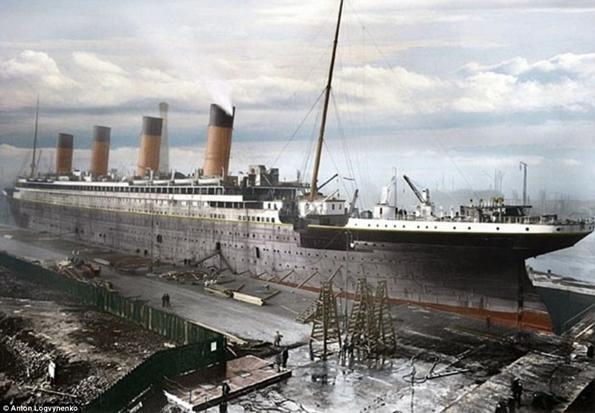 Siyah&Beyaz Titanic 'in Renklendirilmesi 1